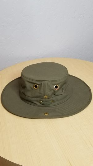 Tilley T3 Wanderer outdoor sun hat for Sale in Fresno, CA