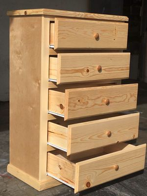 New Pinewood Dresser 5 Drawers for Sale in Long Beach, CA