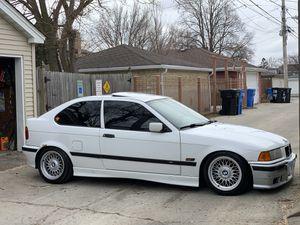 BMW 318TI 1996 for Sale in Chicago, IL