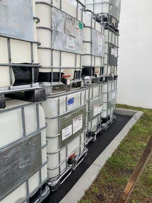 250 gal tote for Sale in Melbourne, FL