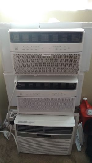 Window AC unit all with remote. The smaller one are 150 the bigger one is frigeair all like new in good condition for Sale in San Diego, CA