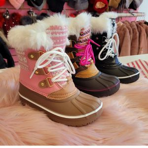 Snow Boots Kids And Toddlers for Sale in Bloomington, CA