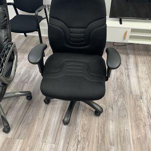 Black Office Chair for Sale in Alexandria, VA