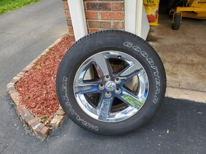 """Dodge Ram 1500 rims and tires 20"""" tires P275 60 for Sale in Springfield, TN"""