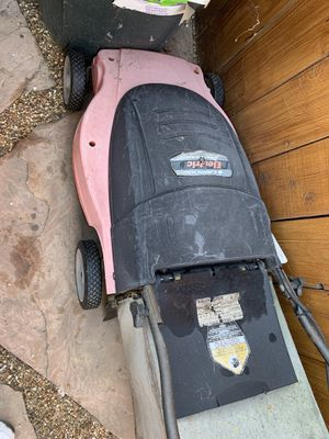 Electric Lawn Mower $50 OBO for Sale in San Diego, CA