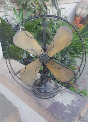 Vintage Antique GE desk wall fan for Sale in Los Angeles, CA