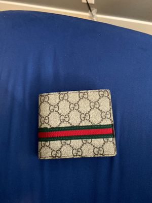 Authentic Gucci wallet for Sale in Seattle, WA