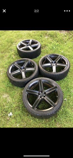 Black 22 inch rims for Sale in Alexandria, VA