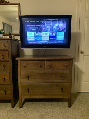 27-inch Sceptre LCD TV for Sale in Fort Belvoir, VA