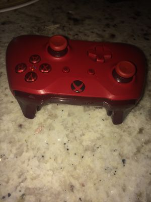 Xbox one custom red remote for Sale in Fresno, CA
