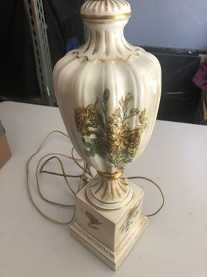 Vintage lamp for Sale in Montebello, CA