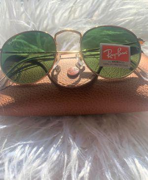 Brand New Authentic Round Sunglasses for Sale in Miami, FL