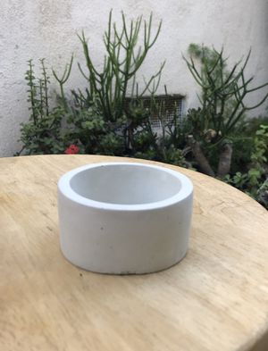 "Succulent pot (concrete). 3.0""(w) x 1.5(h) for Sale in Santa Ana, CA"