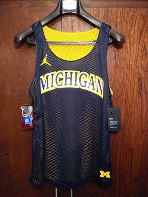 SZ Medium NEW Jordan Brand Women Michigan Wolverines Reversible Basketball Tank Top for Sale in Los Angeles, CA