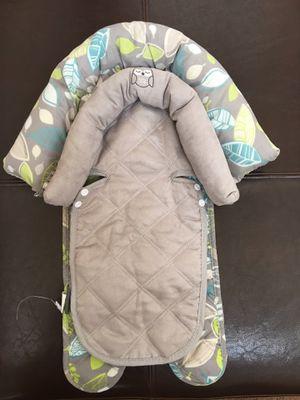 Baby car seat insert head support, Premie insert too for Sale in Phoenix, AZ
