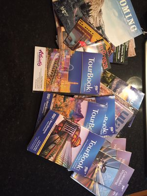 FREE Tourbooks, maps, guides for Mid to Northwest US for Sale in St. Charles, IL
