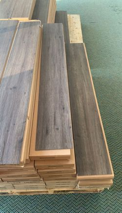 Flooring glue 🤩🤩🤩 LV9R for Sale in China Spring,  TX