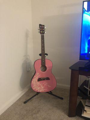 1/2 guitar for Sale in Reston, VA