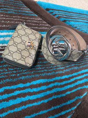 GUCCI BELT AND WALLET for Sale in Cleveland, OH