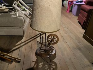 Vintage wheel lamp for Sale in Cleveland, OH
