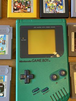 Original Gameboy (Green) Plus 9 Games for Sale in Damascus,  OR
