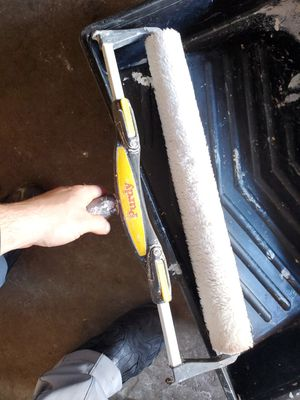 """18"""" painting roller with paint tray for Sale in Orland Hills, IL"""