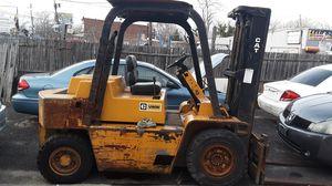 Forklift 5000$ for it... for Sale in Pennsauken Township, NJ