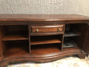 Gorgeous Entertainment Center from Hemispheres! for Sale in Frisco, TX
