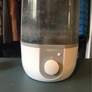 Humidifier (Amazon Basics) for Sale in Portland, OR