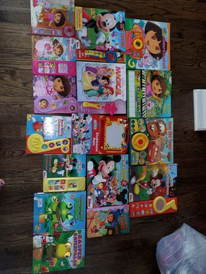 Childrens board books 4 diff pics 2to3 each for Sale in Plainfield, IL