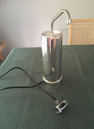 Kitchen water filter for Sale in Carnegie, PA