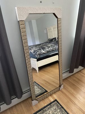 Mirror for Sale in Huntingdon Valley, PA