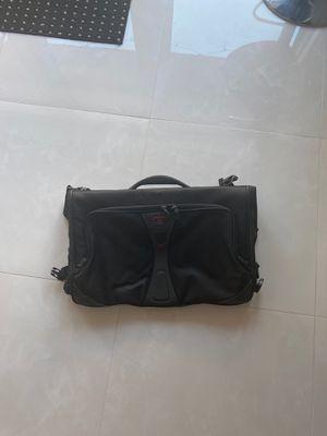Tumi T-Tech 5536D Black Nylon Tri-Fold Garment/Carry On Bag/Luggage/ w/strap VF for Sale in Sunrise, FL