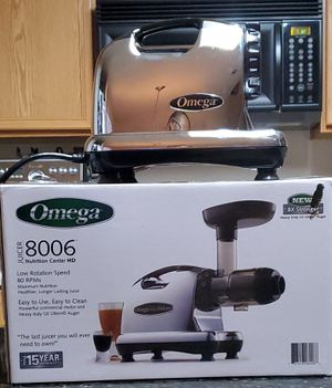 Omega 8006 Masticating Juicer for Sale in San Antonio, TX