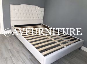Queen bed and mattress for Sale in Lynwood, CA