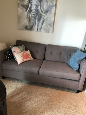Grey modern cloth couch for Sale in West Palm Beach, FL