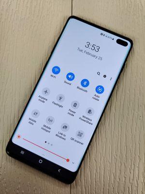 Unlocked Samsung Galaxy S10 Plus 128GB for Sale in Everett, WA