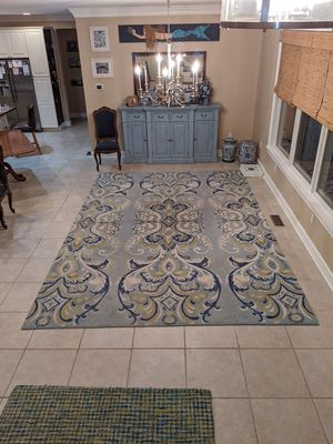 Adele Lake area rug, 9x13, good condition. for Sale in Ocean Pines, MD