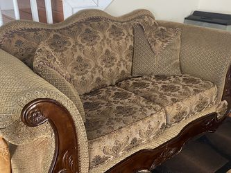 Old World Couch Set for Sale in Nashville,  TN