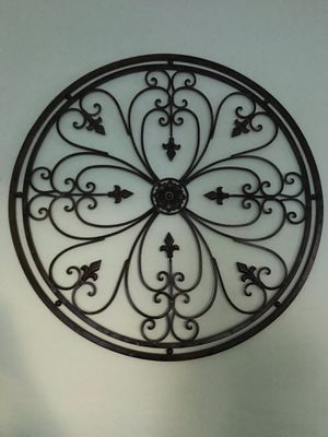 Big metal wall hanging decor for Sale in Cleveland, OH