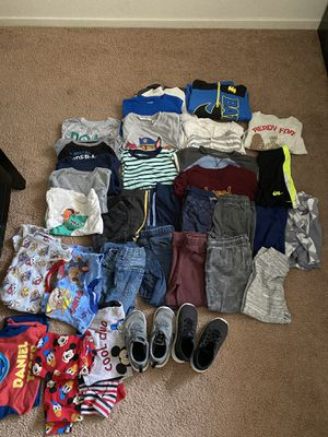 Boys toddler clothes size 4t 5t for Sale in Fresno, CA