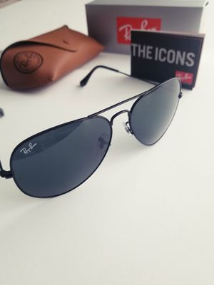 Ray Ban Aviator for Sale in Santa Ana, CA