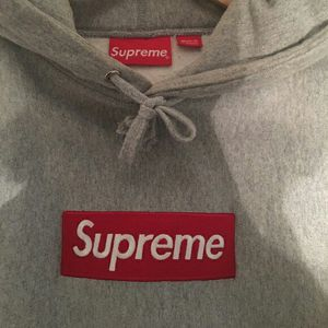 Supreme Box Logo Hoodie Grey Size M for Sale in Cleveland, OH