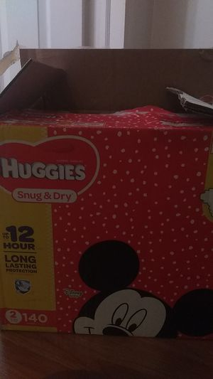 Huggies snug & dry size 2 for Sale in Trenton, NJ