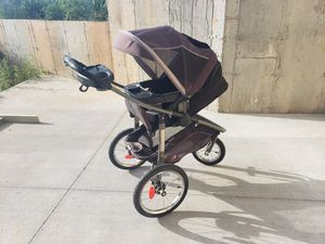 GRACO jogger stroller w/removable basinet/seat. for Sale in Rogersville, MO