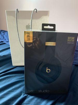 Beats studio 3 headphones. Brand new for Sale in Queens, NY