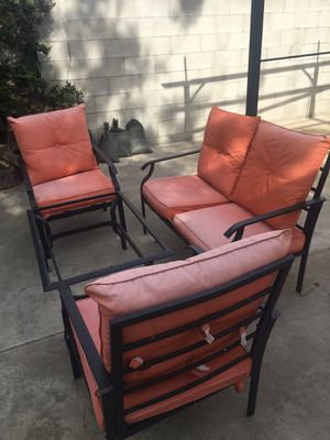 1 couch 2 chairs and 1 table iron for Sale in Hawthorne, CA