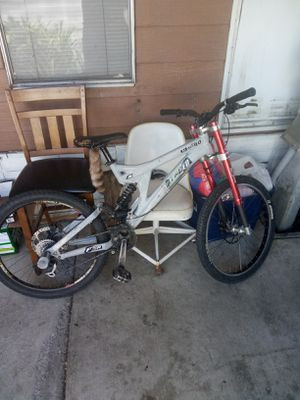 Specialized fsr Big hit down hill racing bike for Sale in Hayward, CA