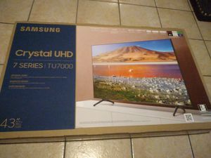 "Samsung - 43"" 7 Series - 4K UHD TV - Smart - LED - with HDR for Sale in Long Beach, CA"