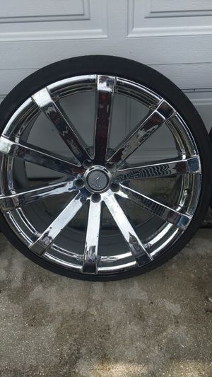 22 inch Chrome Velocity Rims.... for Sale in West Palm Beach, FL